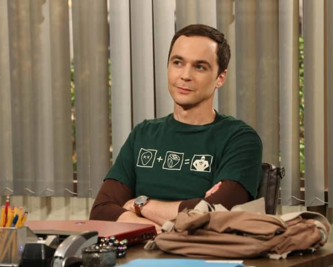 Excellente nouvelle pour les fans ! La chaine CBS, en concertation avec Warner, a décidé de prolonger TheBig Bang Theory, sa série-phare, sur trois saisons supplémentaires. Avec une diffusion à venir sur un total de dix saisons,The Big Bang Theoryrejoint égalementFriends, série mythique, en nombre de saisons. C'est la seconde fois que la série est […]