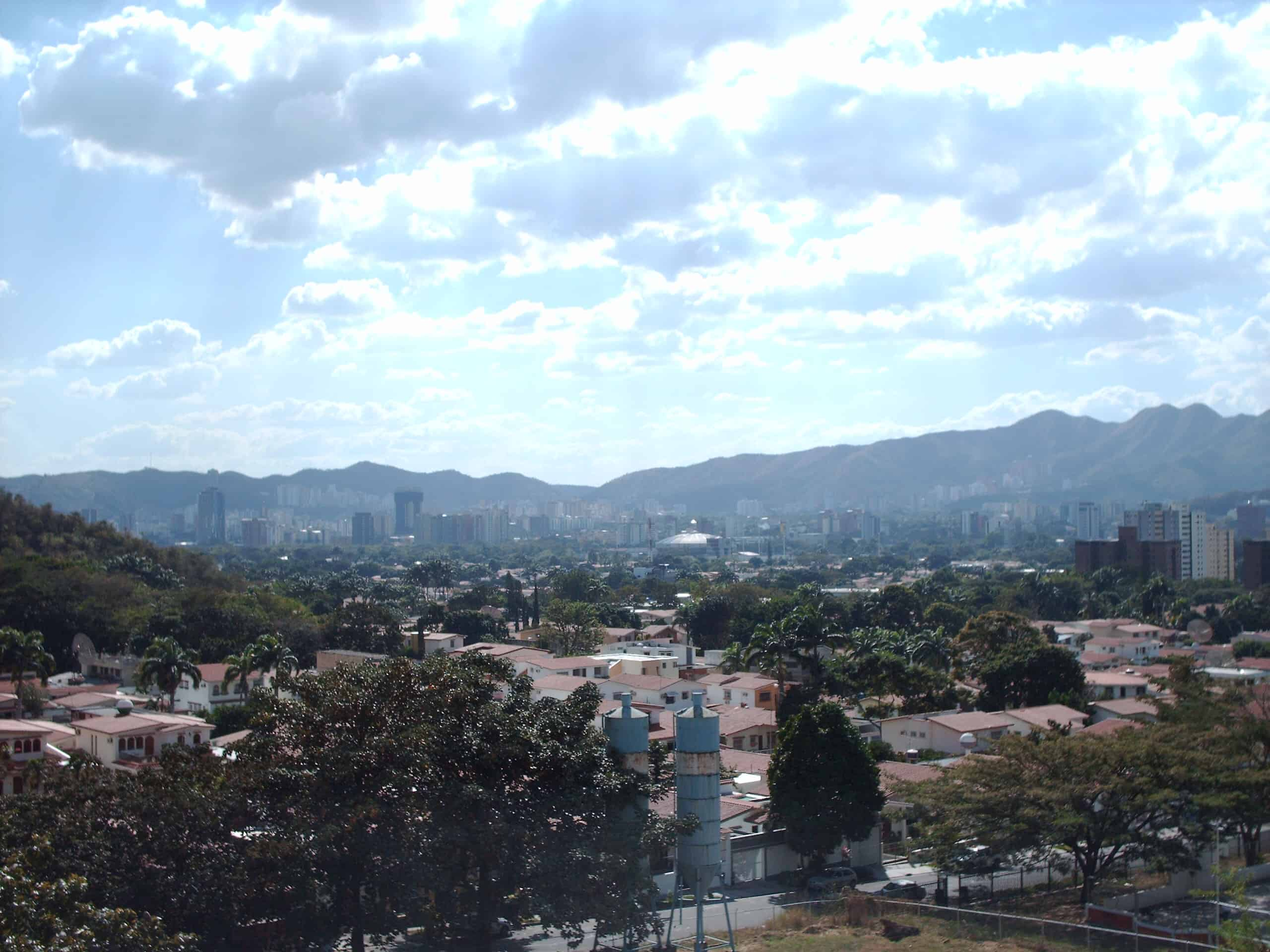 Au tout début de l'année, les corps sans vie de Miss Venezuela 2004 et de son petit-ami avaient été découverts dans une voiture. La mort du couple serait due à une fusillade. Et aujourd'hui, c'est Génésis Carmona, élue Miss Tourisme de l'État de Carabobo, qui est décédée mercredi à la clinique Méndez Guerra. Il aura […]
