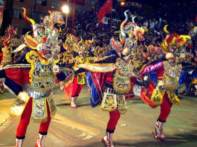 Inscrit au patrimoine culturel immatériel de humanité par l'UNESCO en 2001, le carnaval d'Oruro est une grande fête annuelle réservée à la Bolivie qui se pare de ses plus belles couleurs durant cet évènement. L'édition 2014, qui avait rassemblé environ 350 000 spectateurs, a cependant enregistré un nombre alarmant de décès. Entre le 1er et […]