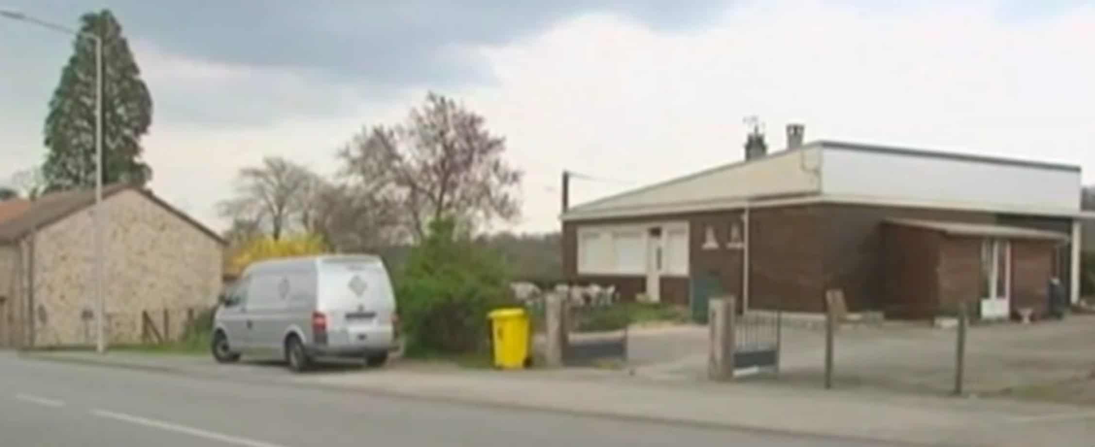 Les habitants de cette maison ont été évacués après la découverte de gaz radioactif