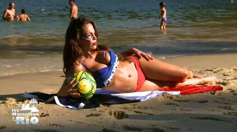 C'est une intéressante initiative que Kim lance pour ce nouvel épisode des Marseillais à Rio. Elle invite en effet le groupe à prendre part à la réalisation d'un calendrier sexy en soutien aux Bleus, à l'occasion de la future Coupe du Monde brésilienne. Et de contacter Cécilia pour savoir si le projet est réalisable. Mais […]