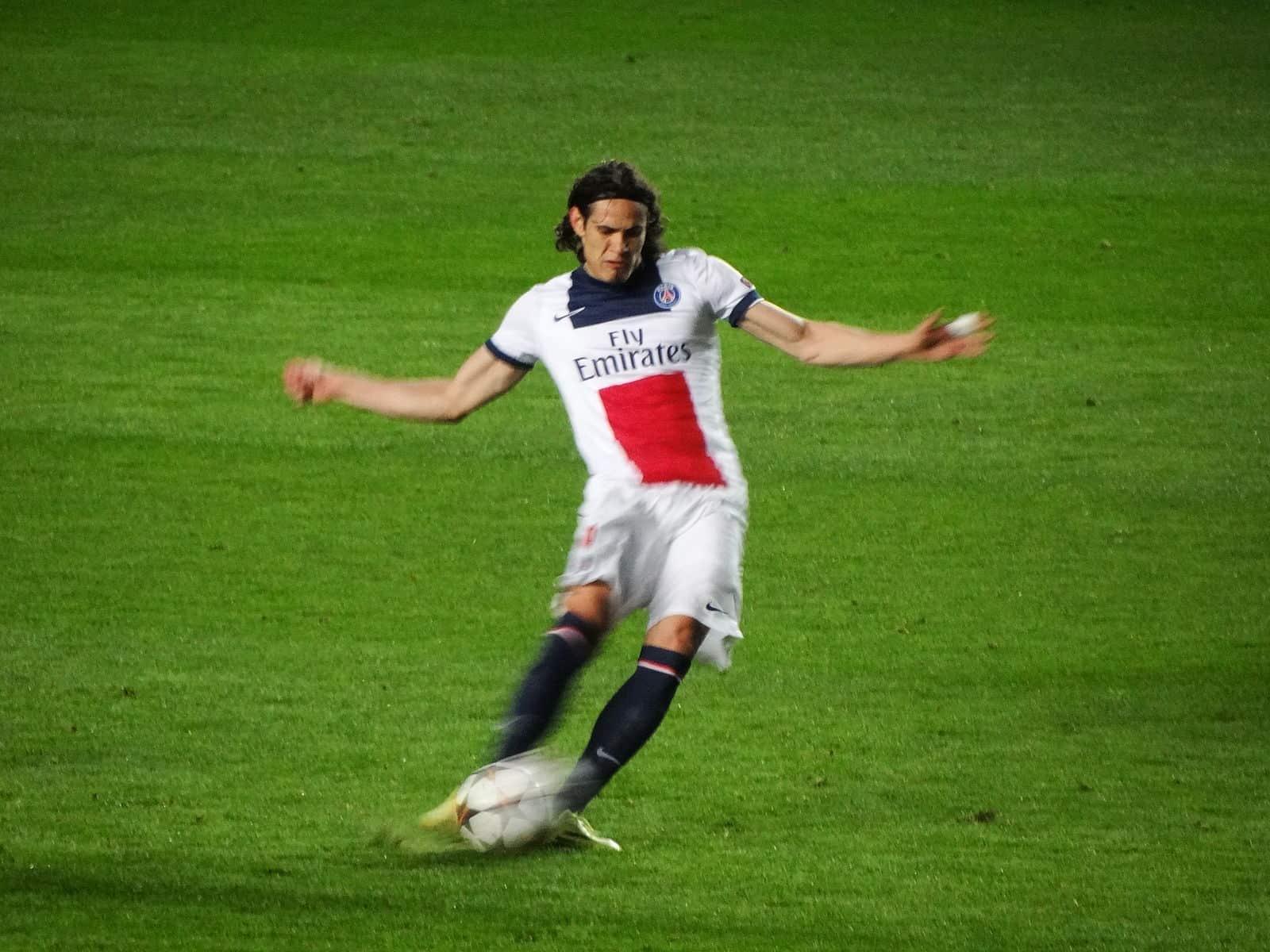 Edinson Cavani pourrait partir à Arsenal