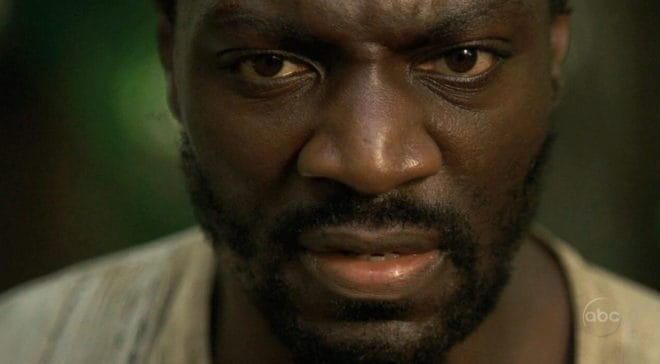 Adewale Akinnuoye-Agbaje dans la série Lost