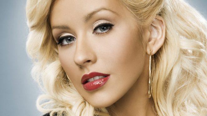 Christina Aguilera aura une année 2015 chargée