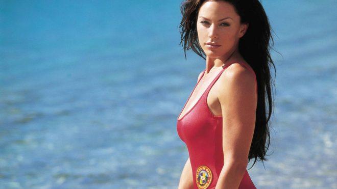 Krista Allen dans Alerte à Hawaï