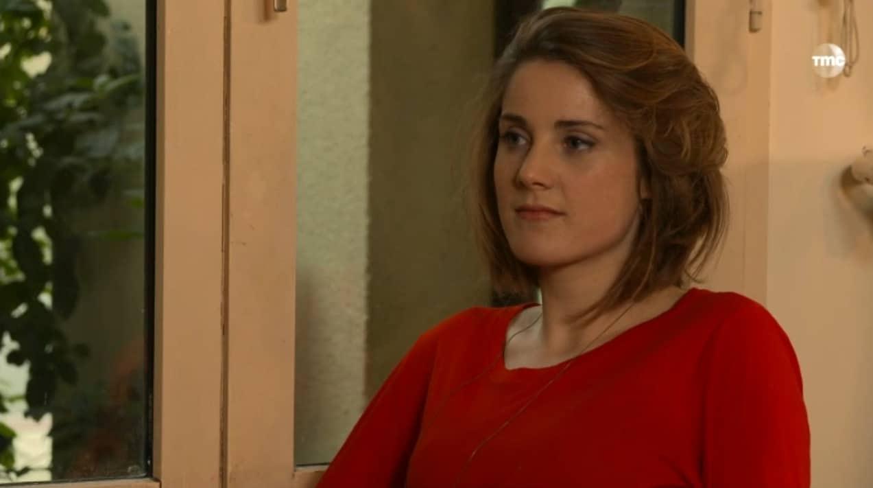 """Hermione (Les Mystères de l'Amour saison 8, épisode 26 """"Paire de pères"""")"""