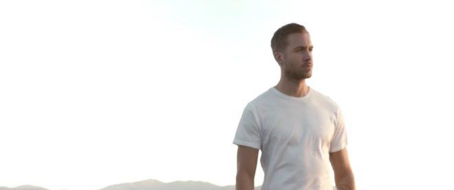 """Calvin Harris dans son clip """"Summer"""""""