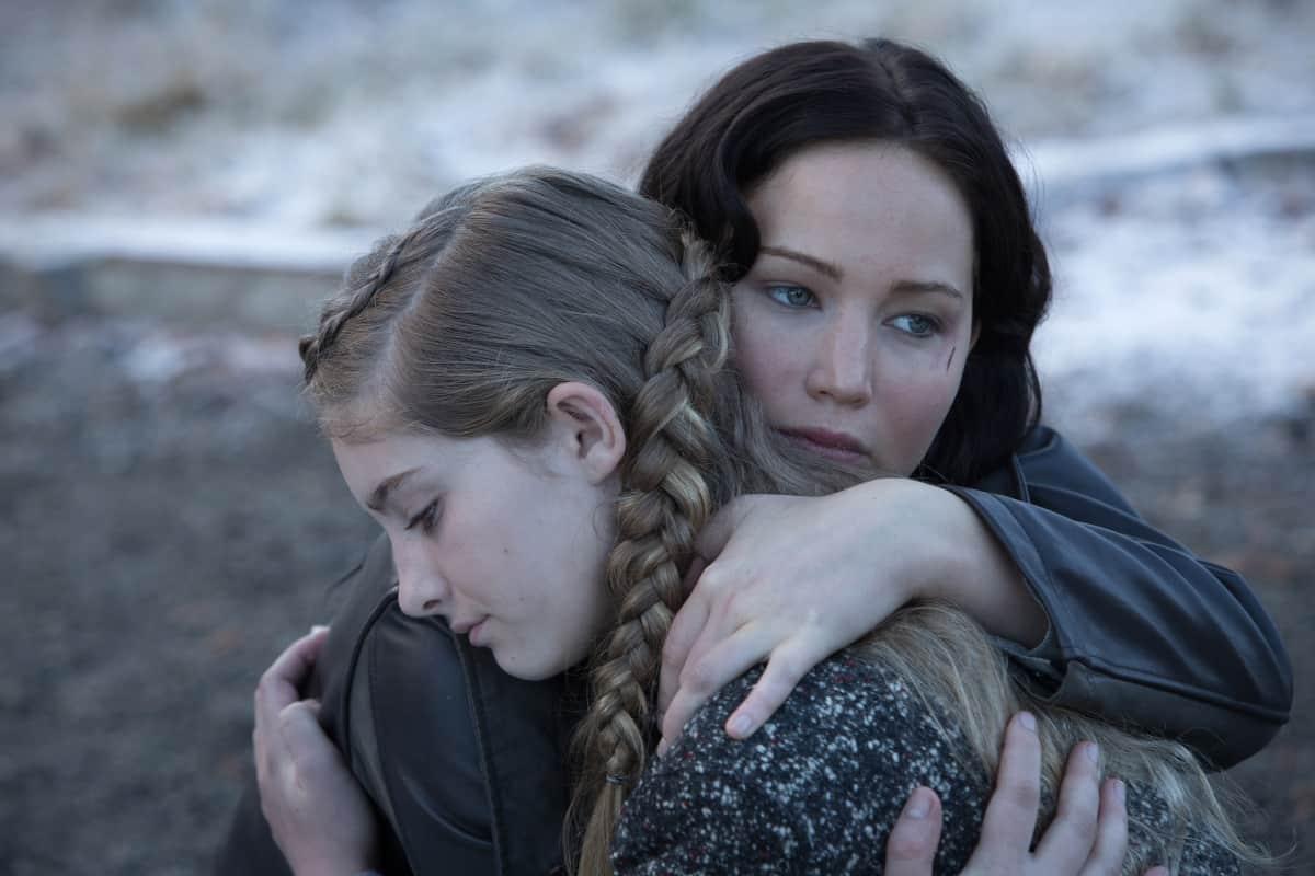 Katniss et sa soeur Prim, dans The Hunger Games
