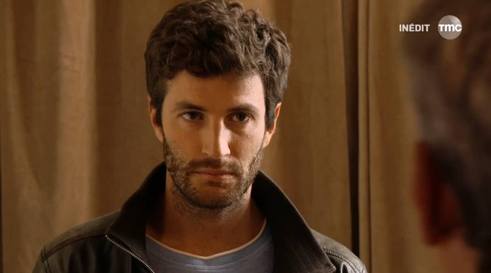 """Mauricio (Les Mystères de l'Amour saison 10, épisode 7 """"Un anniversaire mémorable"""")"""