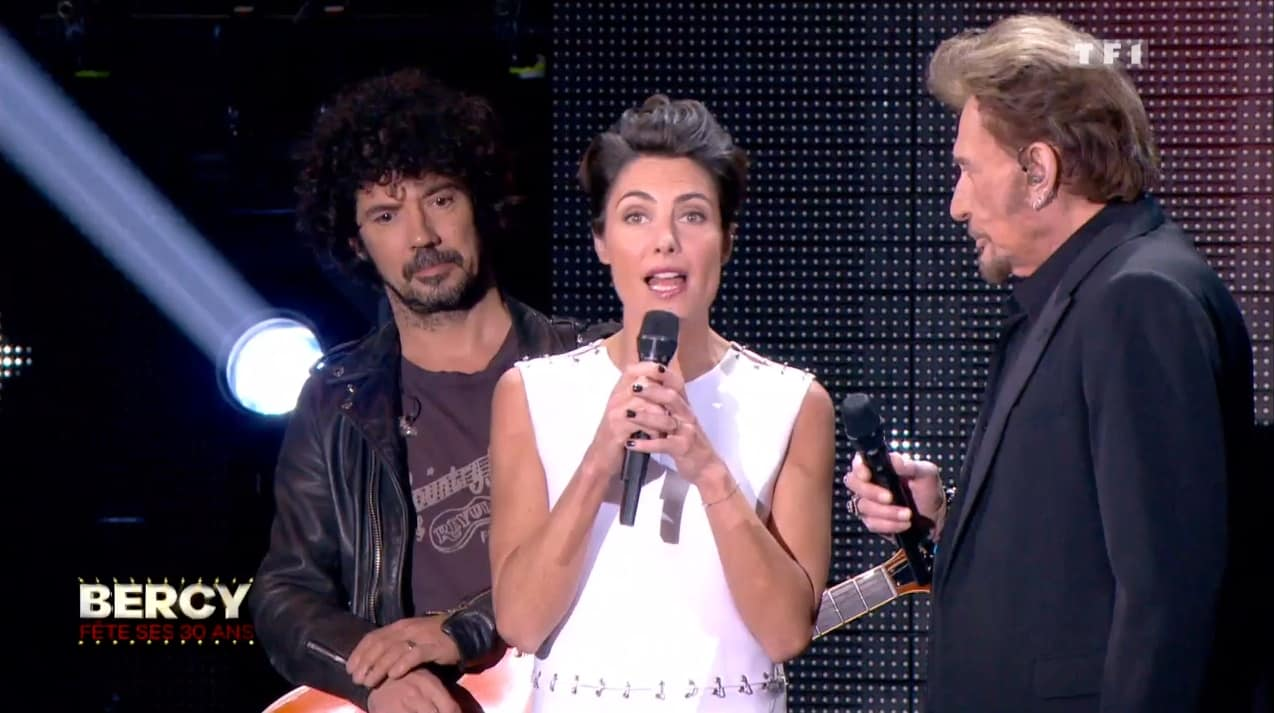 """Les 30 ans de Bercy"" sur TF1, Alessandra Sublet interviewe Johnny Hallyday"