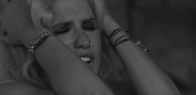 "Kesha dans son clip ""Die Young"""