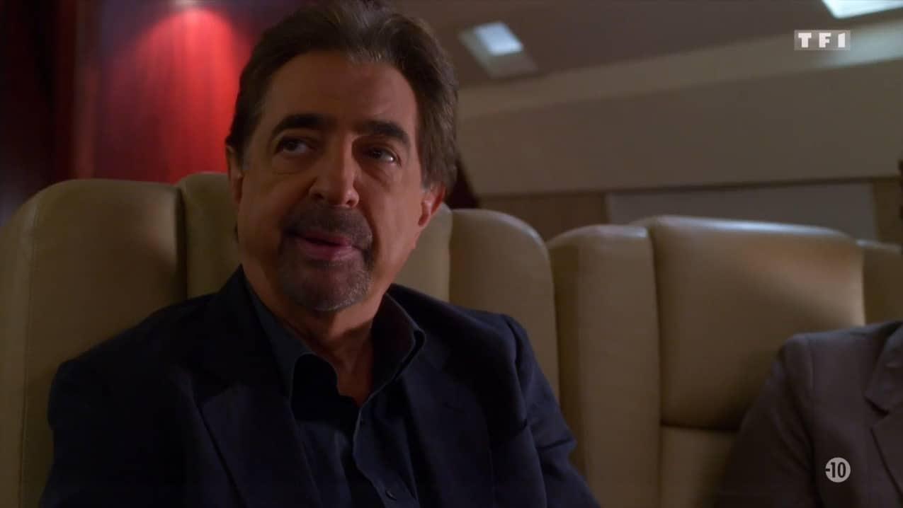 """David Rossi (Joe Mantegna) dans """"Esprits criminels"""" saison 11, épisode 6 """"La ville des exclus"""""""