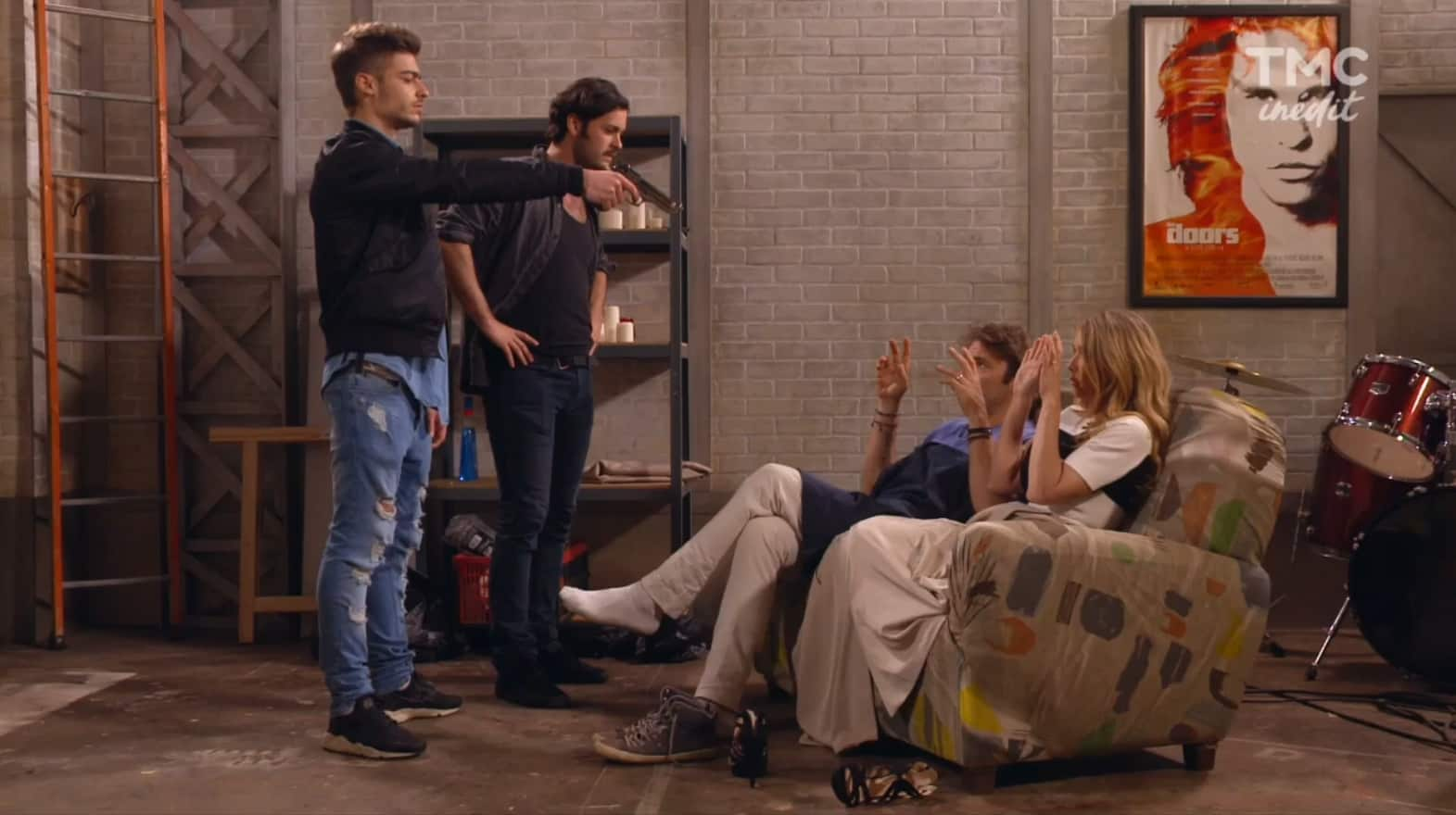 """Nicolas et Hélène en mauvaise posture (Les Mystères de l'Amour saison 13, épisode 8 """"Le bonheur des uns"""")"""