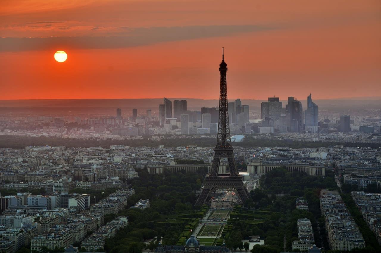 Eiffel Pixabay  CC0 Public Domain