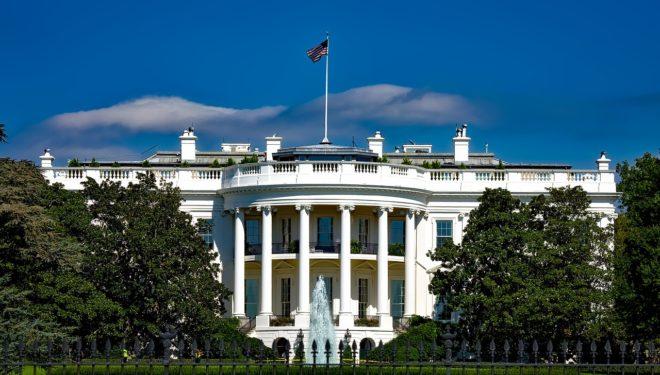 Un homme arrêté à la Maison Blanche — USA