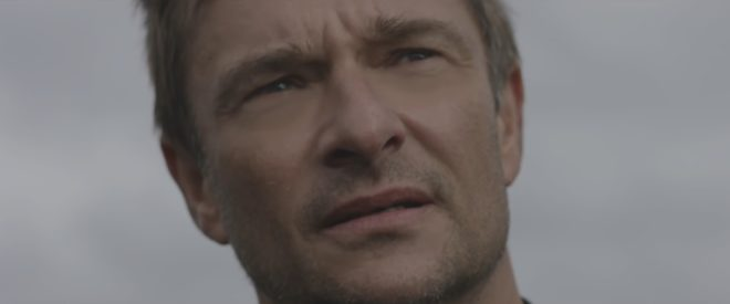 "David Hallyday dans son clip ""Comme avant"""