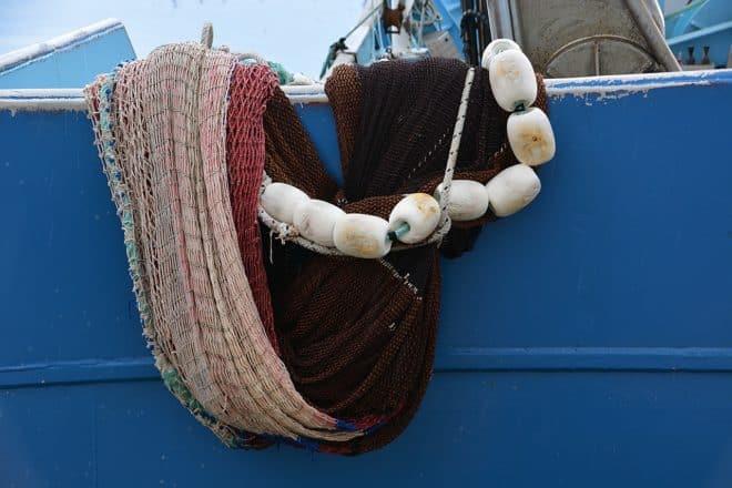 Photo d'illustration. Les filets d'un bateau de pêche.