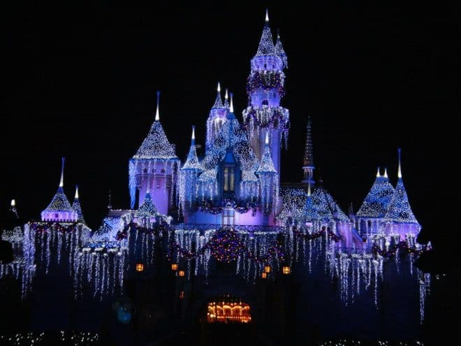 Le parc Disneyland en Californie, au mois de décembre.