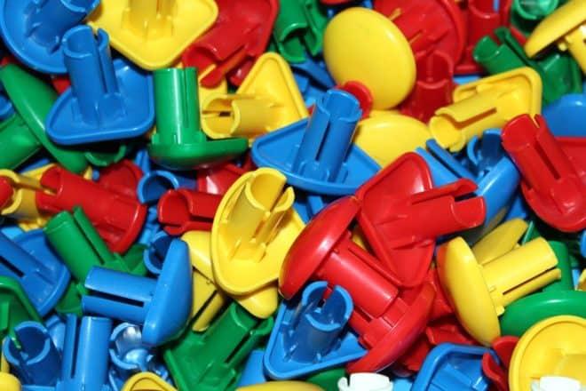 Jouets en plastique. Image d'illustration.