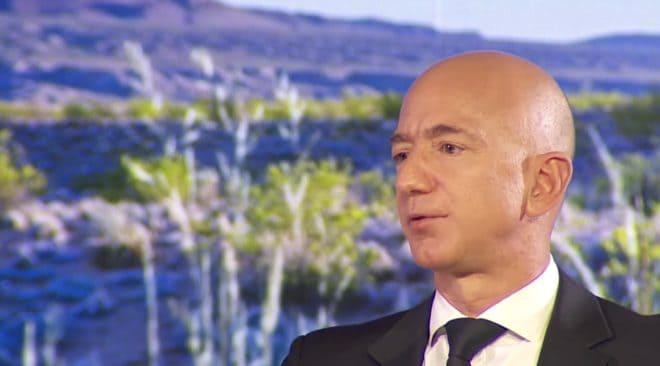 Jeff Bezos, patron d'Amazon et Blue Origin.