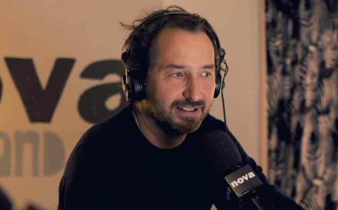 Edouard Baer au micro de Radio Nova, octobre 2017