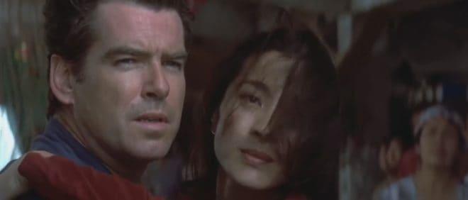 "Pierce Brosnan et Michelle Yeoh dans ""Demain ne meurt jamais"""