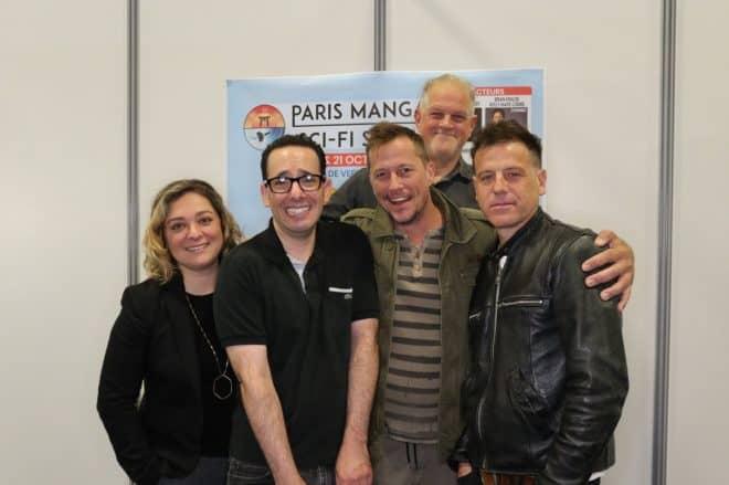 """Les acteurs principaux de """"Parker Lewis ne perd jamais réunis"""" 25 ans plus tard a Paris"""