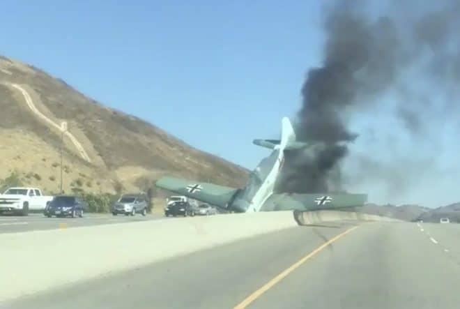 L'avion de la Seconde guerre mondiale qui s'est écrasé sur une autoroute californienne en octobre 2018.