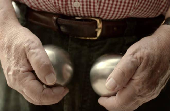 """Photo extraite du film de prévention """"Un vrai film de boules""""."""