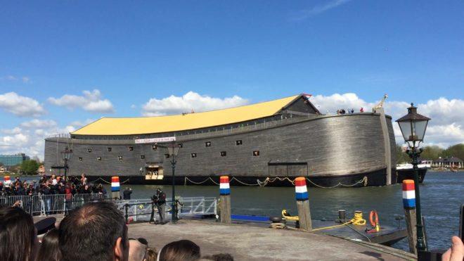 Une arche de Noé reconstruite aux Pays-Bas