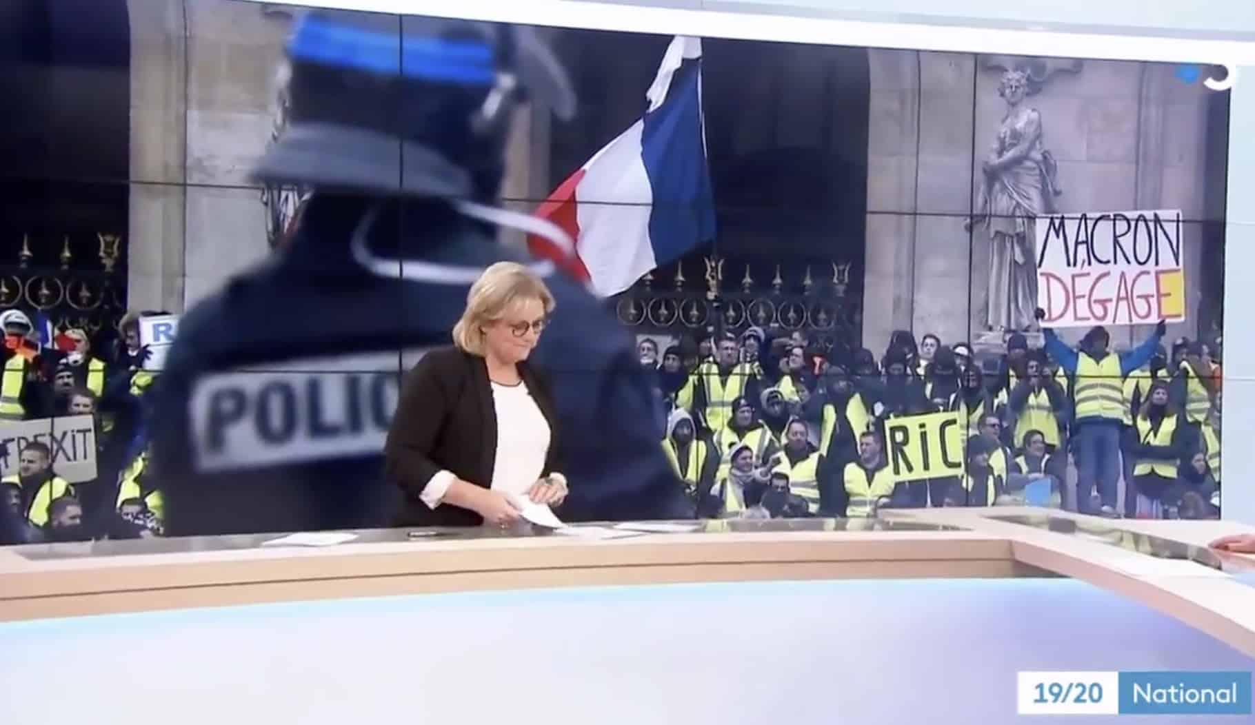 """foto de """"Gilets jaunes"""" : L'auteur d'une pancarte hostile à Macron"""