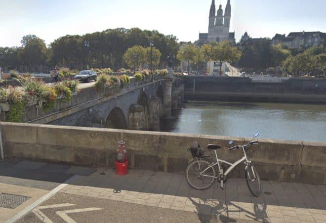 C'est du pont de Verdun que les deux amies ont sauté.