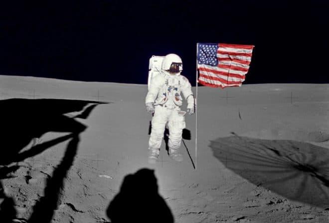 L'astronaute Edgar D. Mitchell lors de la mission Apollo 14 en 1971.