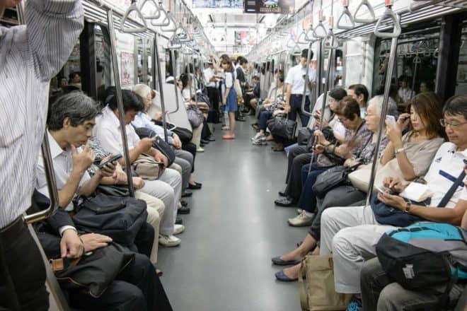 Illustration. Une rame du métro à Tokyo.