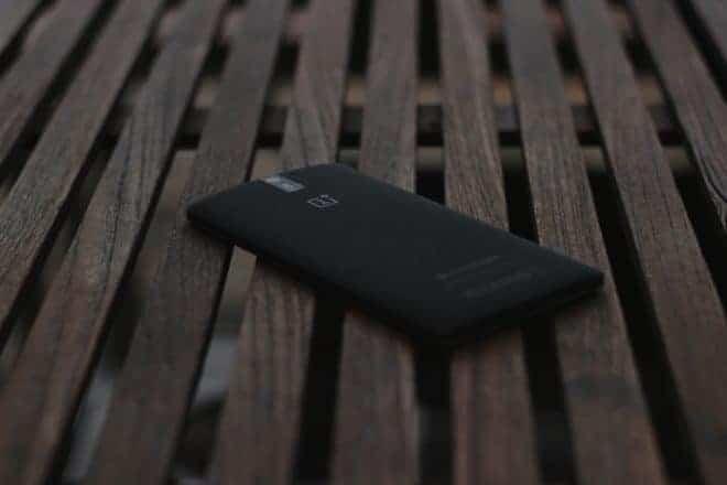 Un smartphone de la marque OnePlus.