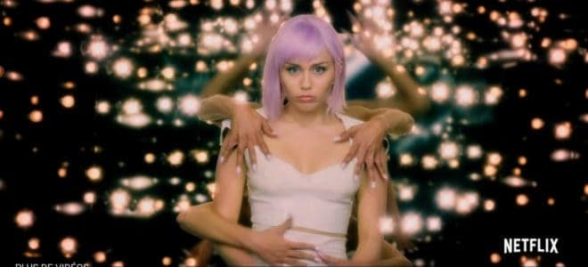 Miley Cyrus dans la bande-annonce de la cinquième saison de Black Mirror.