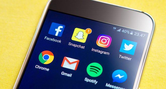 L'application Snapchat sur un smartphone. Image d'illustration.