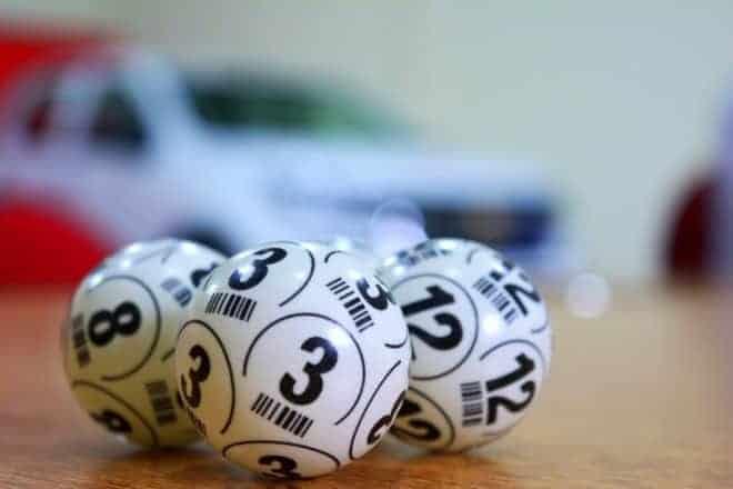 Illustration. Des boules de loterie.