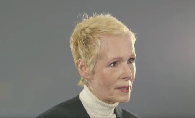 Elizabeth Jean Carroll en interview le 24 juin 2019.