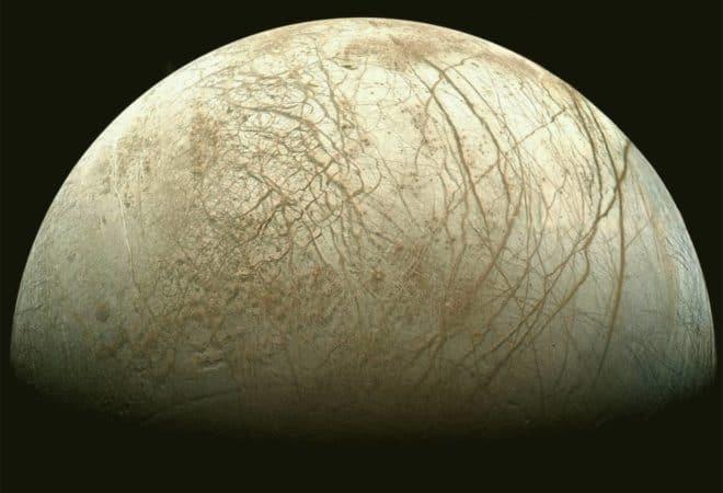 Europe, l'une des lunes de Jupiter.