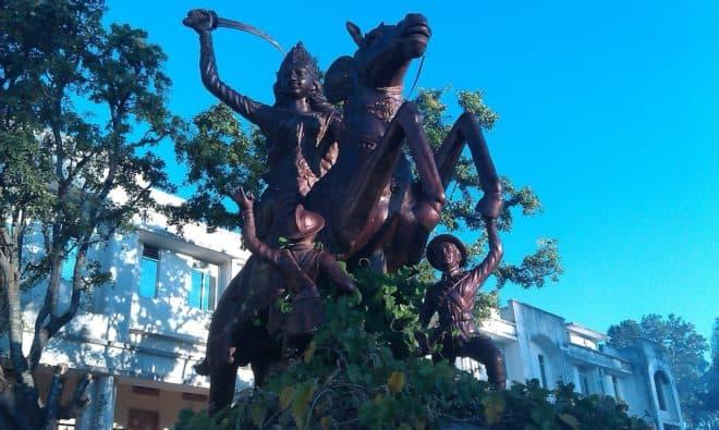 Lakshmî Bâî, figure de l'Inde, épée à la main. Image d'illustration.