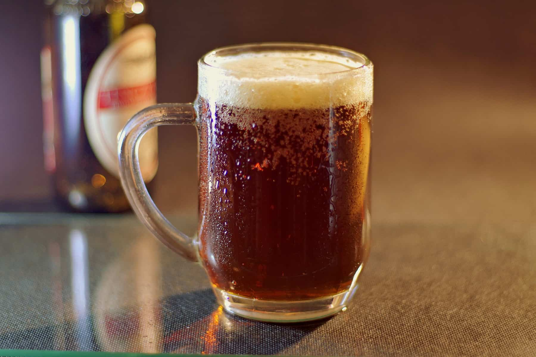 """Bières fortement alcoolisées : la Ligue contre le cancer déplore """"un attentat contre la santé des jeunes"""""""