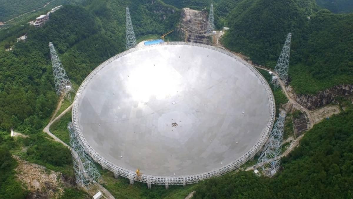 Chine : le télescope FAST capte de nombreux signaux mystérieux