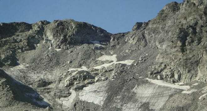 La glacier Pizol a perdu quasiment toute sa substance.
