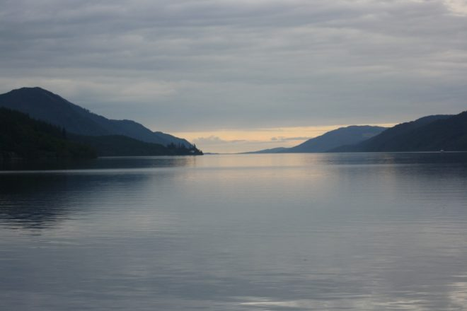 Illustration. Le Loch Ness, en Ecosse.