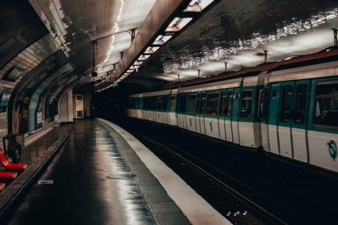 Illustration. Une rame du métro parisien.