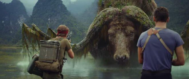 """Thomas Mann et Tom Hiddleston dans """"Kong: Skull Island"""""""