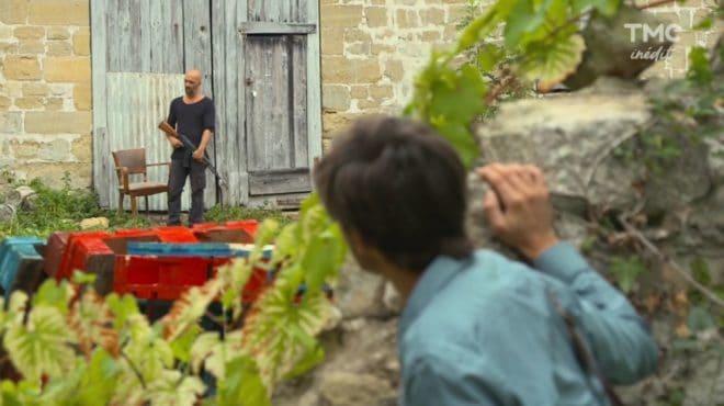 """Juan, au premier plan (Les Mystères de l'Amour saison 21, épisode 12 """"En suivant l'aigle"""")"""