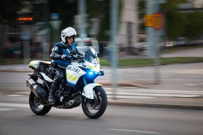 Un motard de la police finlandaise. Image d'illustration.