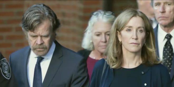 Felicity Huffman et son mari William H. Macy à leur arrivée au tribunal de Boston le 13 septembre 2019